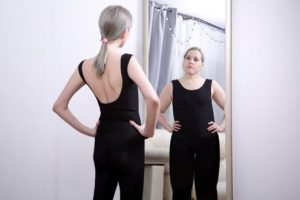 Νευρικη ή Ψυχογενης Ανορεξία Συμπτωματα Ψυχοθεραπεια